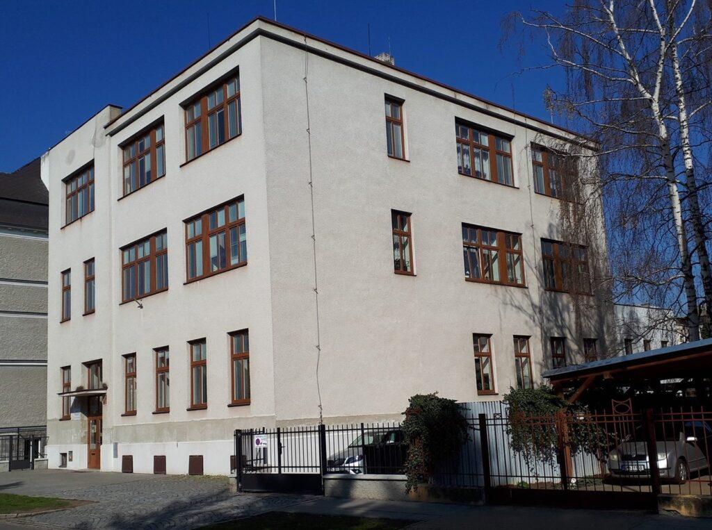 Budova ZUŠ Iši Krejčího, Na Vozovce 32, Olomouc